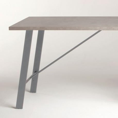 Pied de table péninsule inclinée