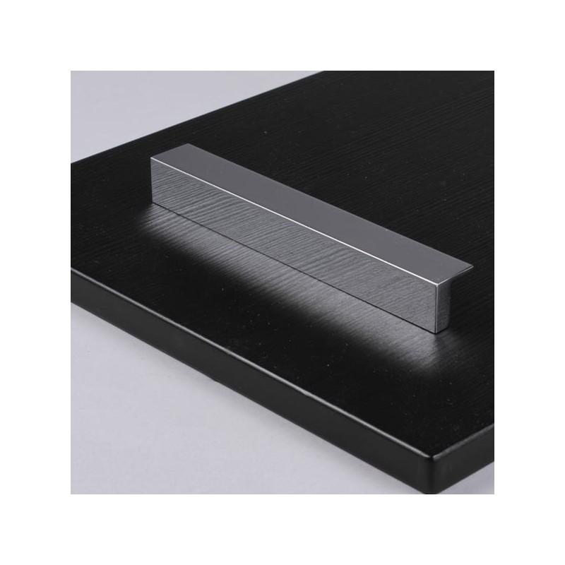 poign e de meuble chrom quadra. Black Bedroom Furniture Sets. Home Design Ideas