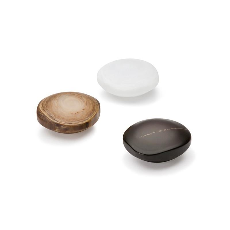 bouton de meuble fantaisie galet noir. Black Bedroom Furniture Sets. Home Design Ideas