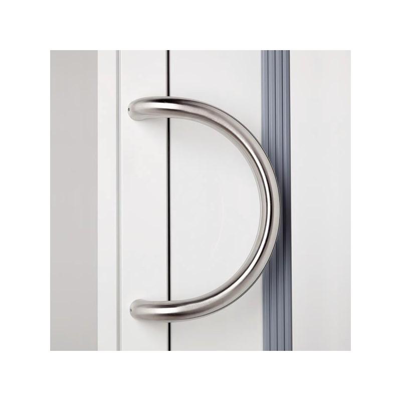 poign e de porte d 39 entr e demi cercle inox chez ilovedetails. Black Bedroom Furniture Sets. Home Design Ideas
