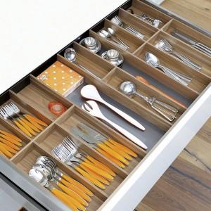 Range couverts pour cuisine en bois plastique ou inox i for Rangement couverts tiroir cuisine