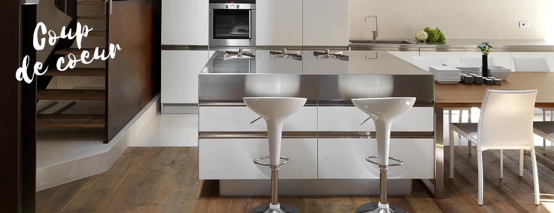 Une cuisine industrielle en blanc et inox - Cuisine industrielle inox ...